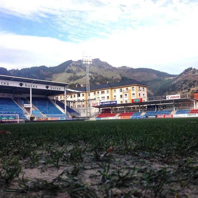 Eibar vs. Real Madryt - murawa