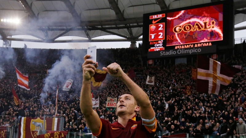 Totti takes a selfie to celebrate goal